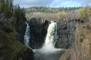 pidgeon-falls